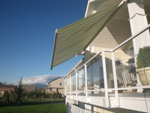 retractable awnings Vancouver