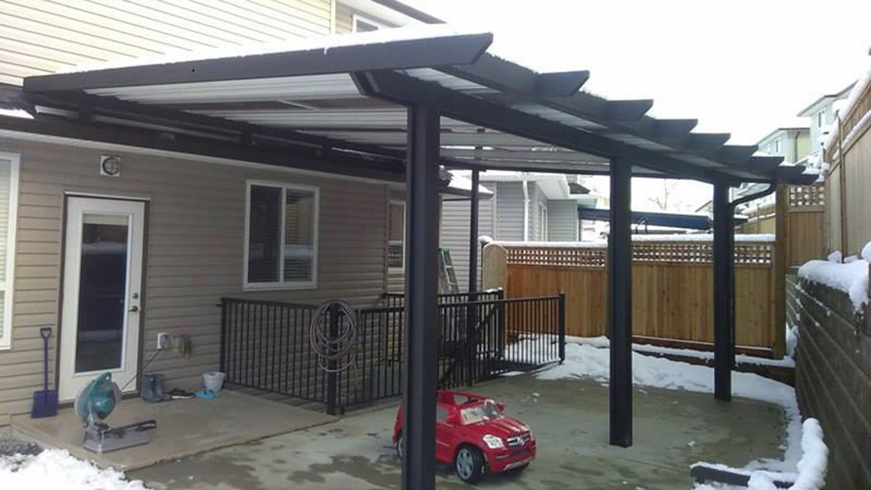 Hand-Picked Install Team for Patio Cover