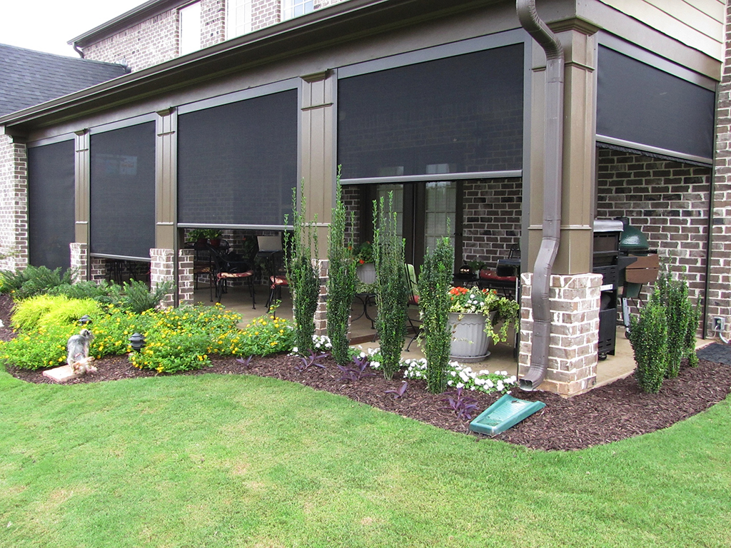 Call Mr. Cover All for Retractable Screens Customized for Your Home