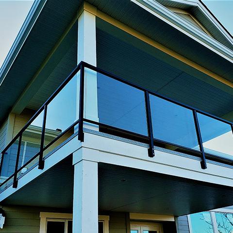 glass-railings-square